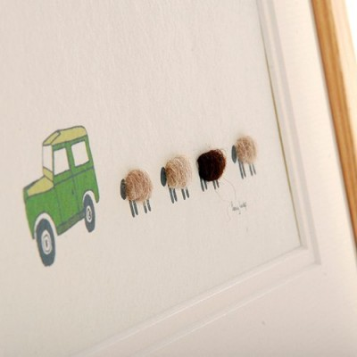 Picture - Land Rover and 4 Sheep - Medium