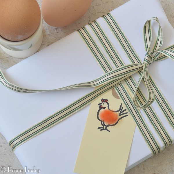 Pack of 6 Gift Tags with Hen